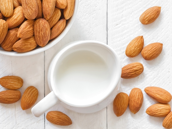 Why Almond Milk Is So Good For You (And How To Make Your Own)