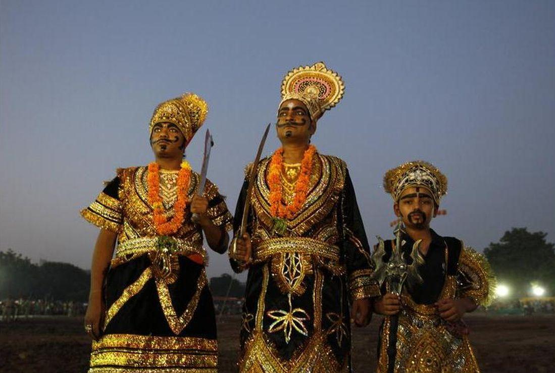 Artists dressed as Ravana, Kumbhkarana and  Meghnad