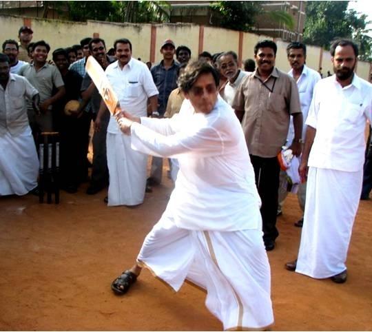 Tharoor in Kerala