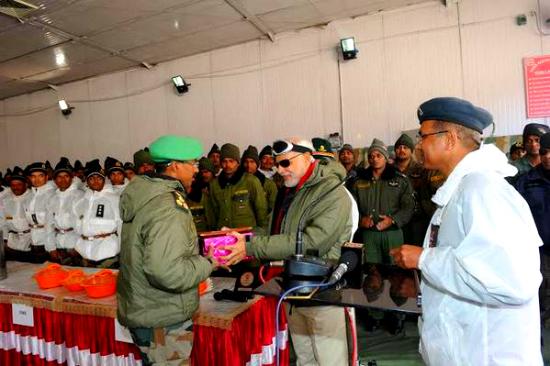 PM Modi exchanging Diwali gifts