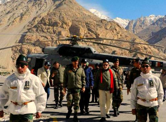 Modi with general dalbir singh
