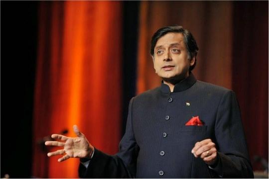 Shashi Tharoor stylish