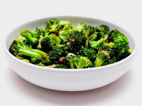 Healthy Recipe: Broccoli Mushroom Stir-Fry