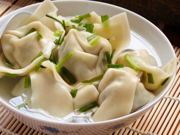 Steamed Vegetable And Noodle Wontons