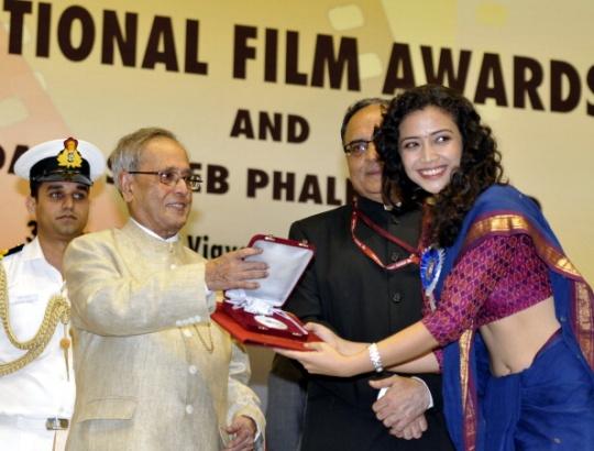 Geetanjali Thapa receiving her National Award
