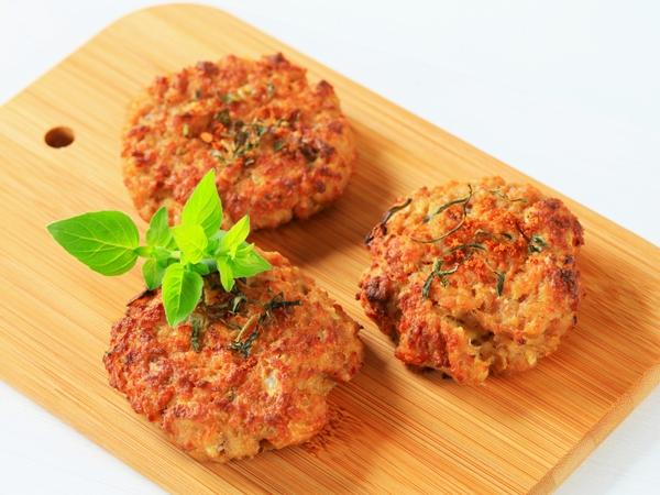 Healthy Snack: Chickpea Patties (Tikkis)
