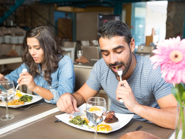 Eating Out Linked To High Blood Pressure