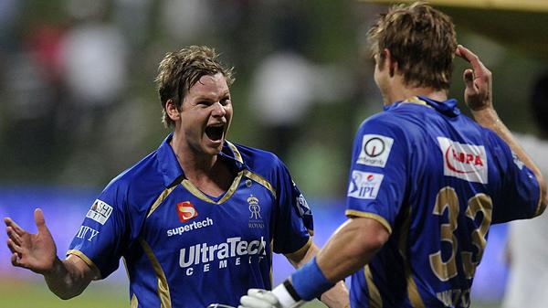 Steven Smith celebrates with Shane Watson