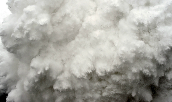 An image of avalanche by AFP photographer