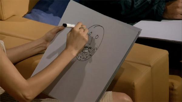 Anushka draws Virat Kohli face