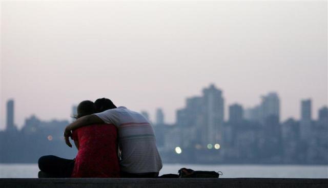 Lovers in Mumbai