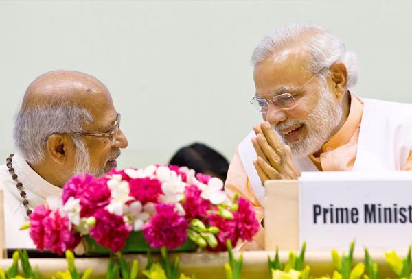 Modi with Cardinal George Alencherry