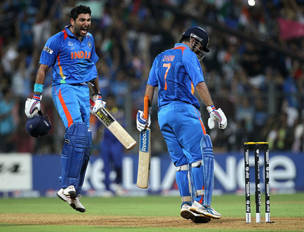 Yuvraj and Dhoni during the 2011 WC final