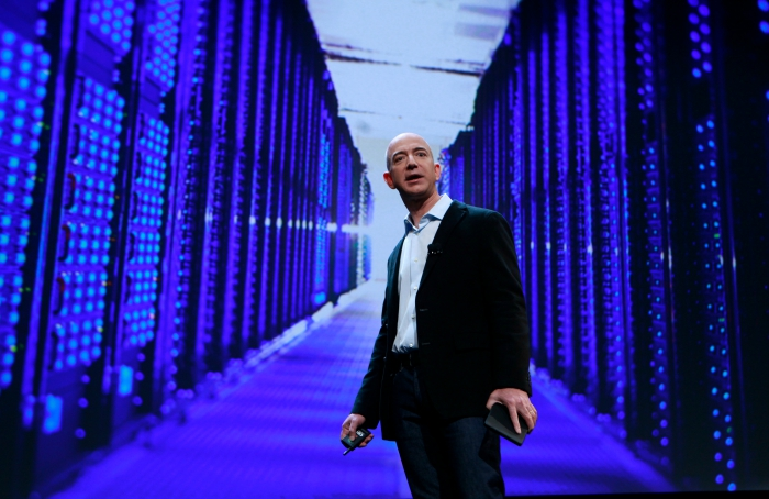 says Amazon paid out $1.6 million that year on security for Jeff Bezos.