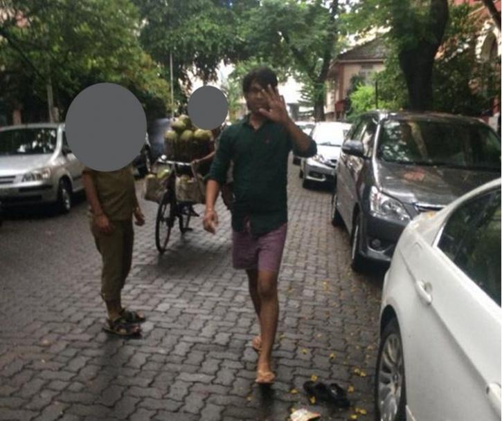 A man who masturbated to a woman in Mumbai