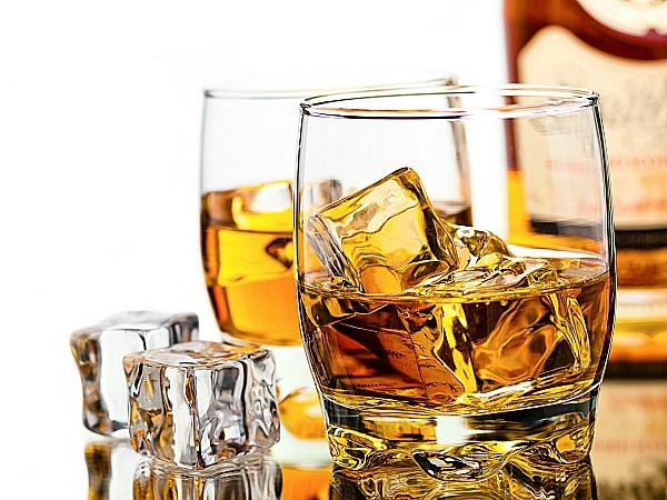 alcohol whiskey