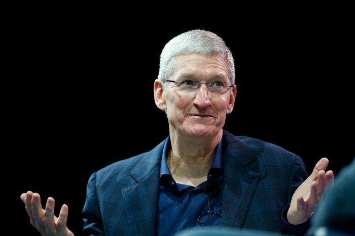 Apple spends nearly $700,000 (about Rs 44616215) a year to protect CEO Tim Cook.