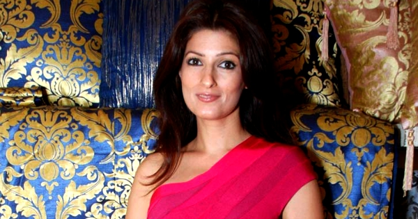 Twinkle khanna faced public masturbation too