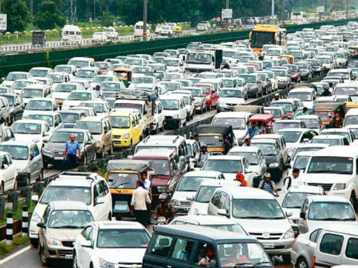Delhi To Adopt Odd Or Even Days For Cars
