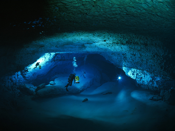 Fresh Water Cave Diving