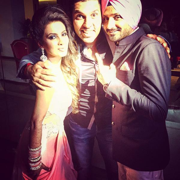 Bhajji with Yuvi and Geeta