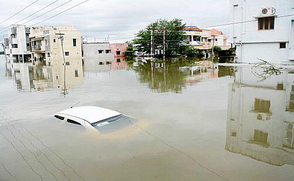 Drowning car chennai
