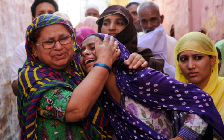 ISIS Rakes Up Dadri, Vows To Expand War Against India