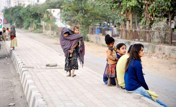 beggar kids india 1