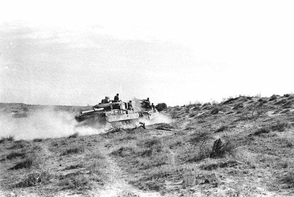 Indian tank at western sector border