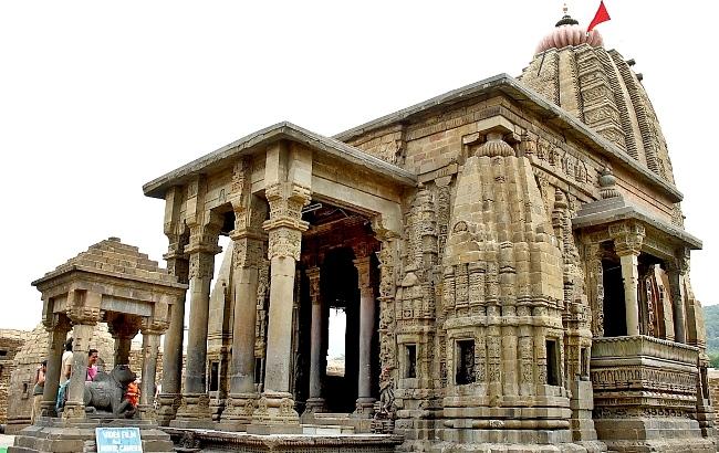 Shiva temple bajinath