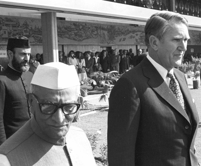 malcolm fraser with indian pm