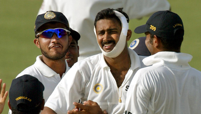 Anil Kumble bowled 14 consecutive overs and got the wicket of Brian Lara despite a broken  jaw.