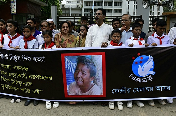 bangladesh protest over 13 year old boy beaten death