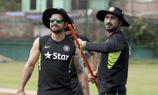 Harbhajan Singh with Virat Kohli