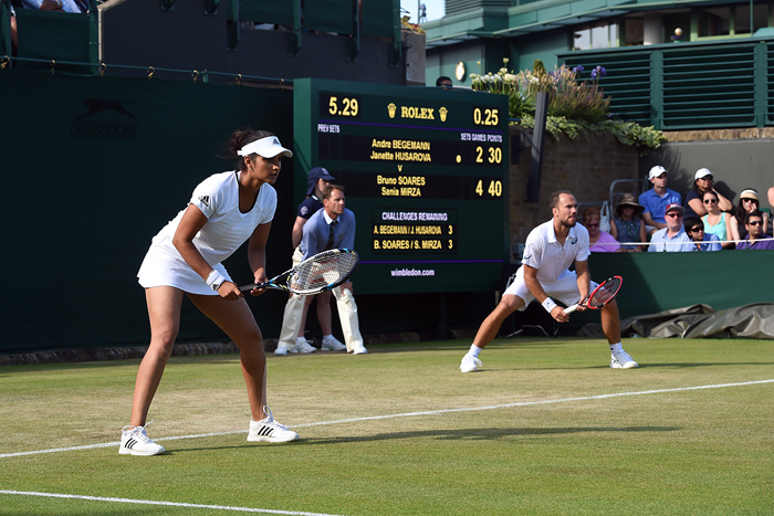 Sania Mirza advanced to the next round in the mixed doubles of Wimbledon 2015