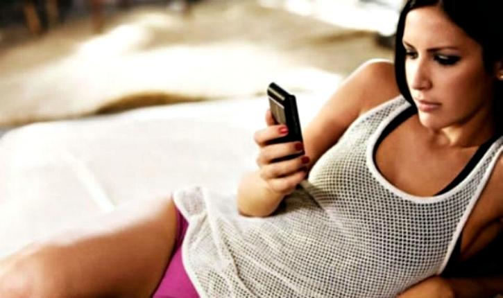 women prefer smartphones to sex