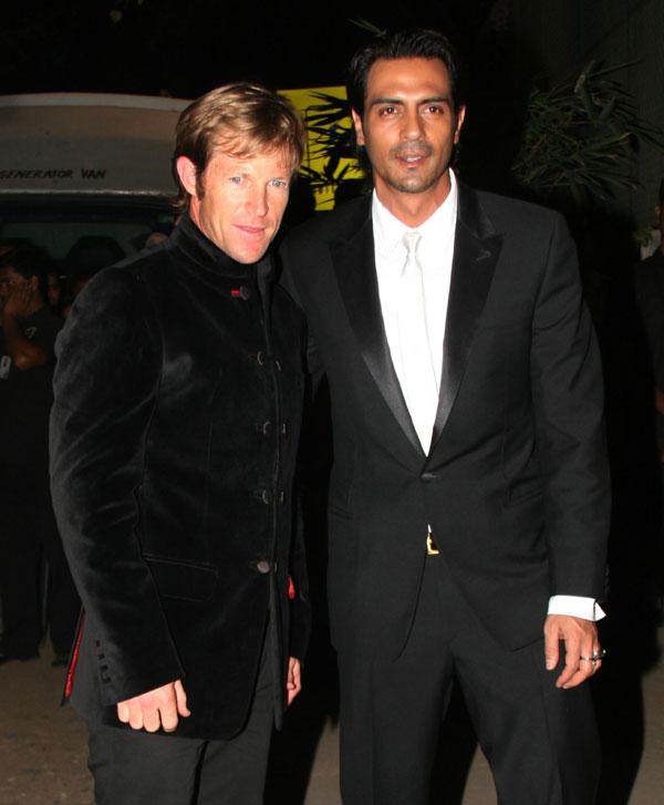 Jonty Rhodes with Arjun Rampal