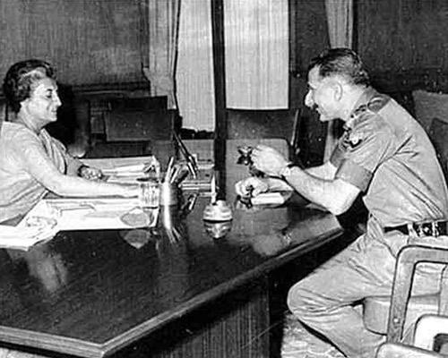 General Manekshaw and Indira Gandhi