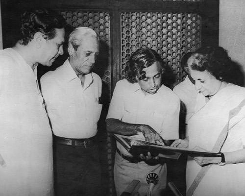 Prof Satish Dhawan and APJ Kalam of ISRO with Indira Gandhi