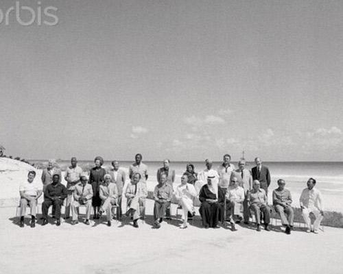23 world leaders including Indira Gandhi