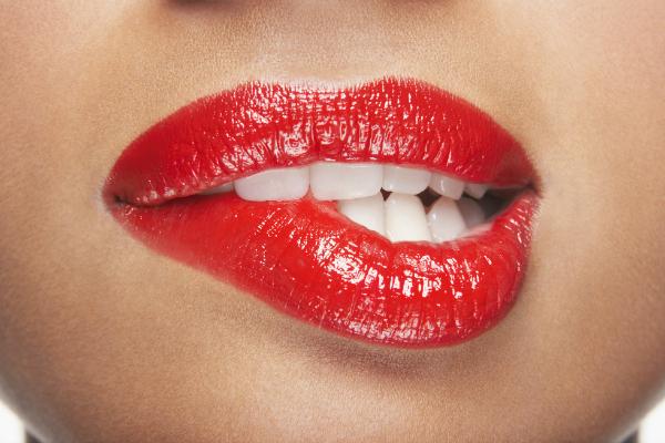 woman lips bite