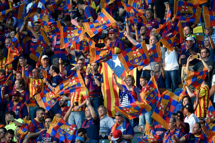 barcelone fans at champions league finals