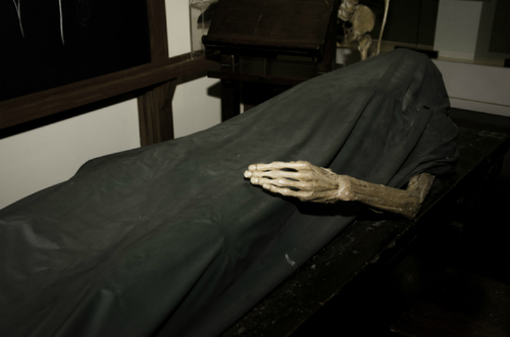 living with dead bodies