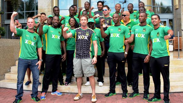 Gerard Butler with Jamaica Tallawahs team