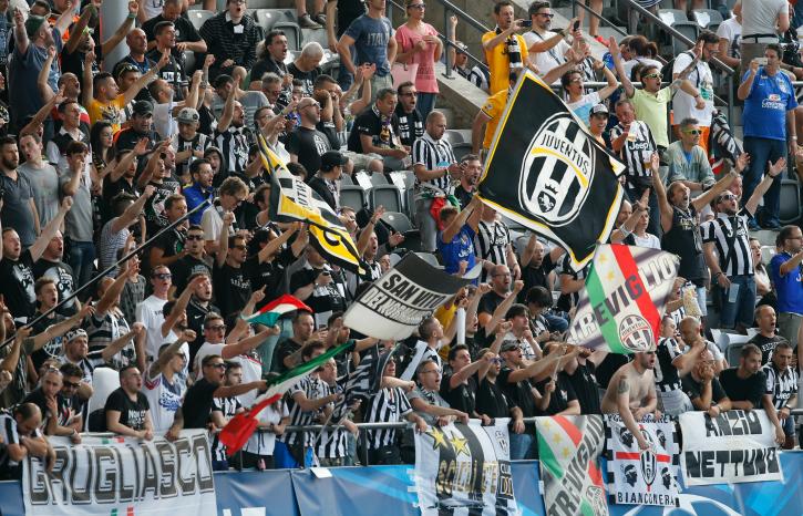 Juventus fans at Berlin Champions League Final 2015