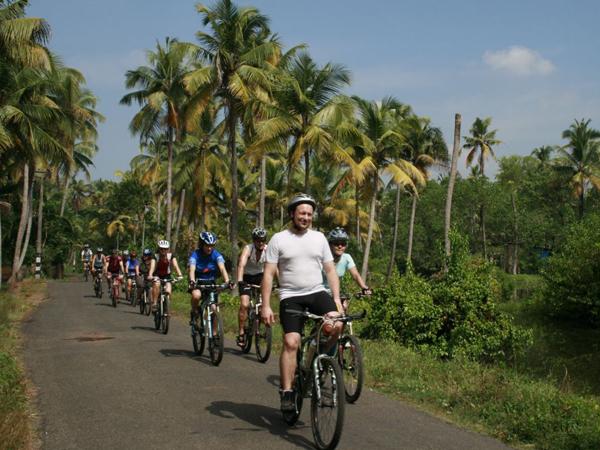 cycling India kerela kochi to alleppey