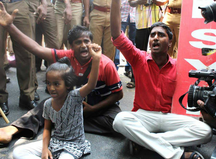 Little girl protesting in IIT Madras