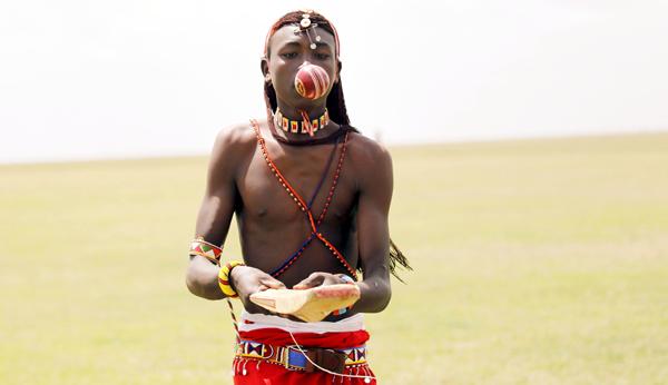 Maasai prepares