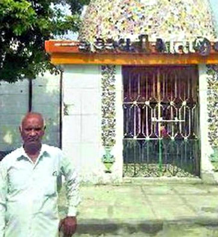 Muslim teacher saraswati temple