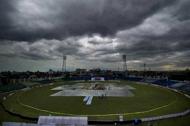 Rain plays a role of sportspoil.